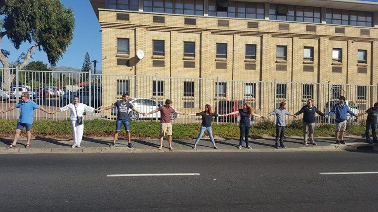 march human chain.jpg